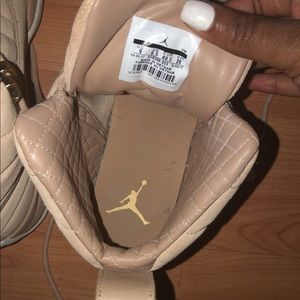09c769a08c3f10 Jordan Shoes - Retro 12 Women s Jordan Vanchett Tan